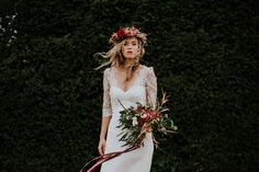 A beautiful cotswolds winter wedding inspiration shoot at Cornwell Manor in the Cotswolds by fine art wedding photographer, Chris Scuffins Photography.