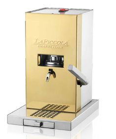 La Piccola a very small Espresso Machine from Italy and they have a PVD gold finish as well Small Espresso Machine, Coffe Machine, Coffee Culture, Coffee Maker, Kitchen Appliances, Cool Stuff, Gold, Italy, Business Class