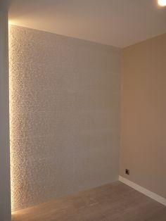 Una pared rústica en el comedor, pero muy elegante. Un rincón especial