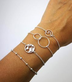 Que pulsera es mas bonita? Delicate, Bracelets, Jewelry, Fashion, Anklets, Necklaces, Bracelet, Silverware Jewelry, Pretty