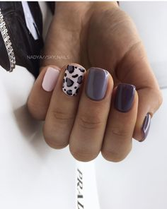 Want some ideas for wedding nail polish designs? This article is a collection of our favorite nail polish designs for your special day. Acrylic Nails Natural, Cute Acrylic Nails, Get Nails, Hair And Nails, Wedding Nail Polish, American Nails, Dipped Nails, Nail Polish Designs, Cheetah Nail Designs