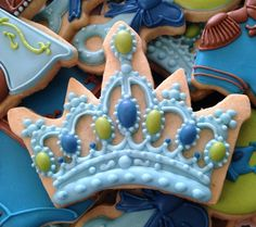Discover recipes, home ideas, style inspiration and other ideas to try. Cookies For Kids, Baby Cookies, Baby Shower Cookies, Iced Cookies, Birthday Cookies, Royal Icing Cookies, Fun Cookies, Cupcake Cookies, Sugar Cookies