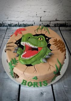 t-rex cake More More from my site t-rex birthday cake T Rex Cake, Dino Cake, 4th Birthday Parties, Birthday Fun, Birthday Ideas, Festa Jurassic Park, Dinosaur Birthday Cakes, Dinosaur Cakes For Boys, Dinosaur Train