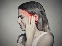 Do you feel a 'ringing' sensation in your ear? Does your ear pain as well? Then it might be due to ear congestion. Here are home remedies for ear congestion that are simple yet effective Natural Treatments, Natural Cures, Alternative Treatments, Virus Del Herpes Simple, Ear Congestion, Sensitivity To Sound, Ear Infection Home Remedies, Earache Remedies, Health Remedies