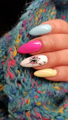 Nagelkunst für Sommer - Summer Nails for the of July - Nageldesign Spring Nail Colors, Spring Nails, Summer Nails, Summer Colors, Cute Nails, Pretty Nails, Hair And Nails, My Nails, Flower Nails