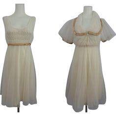 Movie Star Lingerie Peignoir Set Vintage 1970s Nightgown Negligee Robe  $48  https://www.rubylane.com/item/676693-CLO17-156/Movie-Star-Lingerie-Peignoir-Set-Vintage?search=1