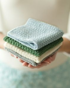 Pattern to knit your own pretty wash cloths. - Washcloth - Ideas of Washcloth - Pattern to knit your own pretty wash cloths. Dishcloth Knitting Patterns, Knit Patterns, Free Knitting, Knitting Needles, Knitted Dishcloth Patterns Free, Beginner Knitting, Baby Knitting, Yarn Projects, Knitting Projects