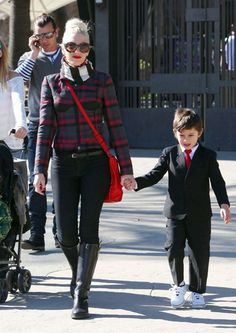 …To be a Gwen Stefani kinda mom...