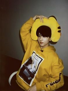 Park Jisung Nct, Andy Park, T Bo, Korean Boys Ulzzang, Park Ji Sung, Boy Photography Poses, Na Jaemin, Seong, Kpop Boy