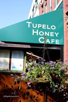 Mango & Tomato: Let Asheville Sweep You Off Your Feet: Asheville NC Part 3: Deep Love and Companionship. In Other Words, Tupelo Honey Cafe, Beer & Moonshine