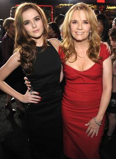 Zoey Deutch and Lea Thompson, daughter and mother