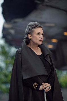 Leia Organa (Carrie Fisher) in Star Wars: The Last Jedi Star Wars Film, Star Wars Art, Star Trek, Carrie Fisher, Frances Fisher, Luke Skywalker, Chewbacca, Johnlock, Destiel