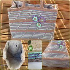 Albert Heijn tas haken : pimp de juten AH-tas Crochet Tote, Crochet Handbags, Crochet Purses, Knit Or Crochet, Finger Knitting, Hand Knitting, Fillet Crochet, Knitted Bags, Crochet Projects