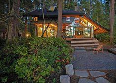 Casa moderna e da sogno costruita nei boschi n.28