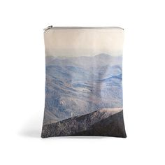 Landscape Fold Over Clutch New Hampshire. Printed por LeeCoren