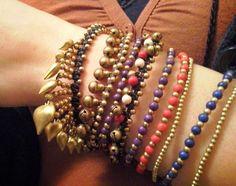 #Campanellini e colori  - #caucciù, #ottone e #pietre da #Frida