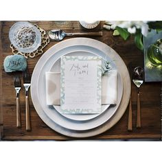 This Urban Zen Wedding Inspiration from Francine Ribeau Events features organic detailing and white blooms by Isari Flower Studio. Wedding Table Settings, Wedding Reception Decorations, Zen Wedding, Zen Place, Flower Studio, Wedding Rentals, Anniversary Parties, California Wedding, Marry Me