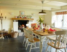Cosy cottage dining at Trebudannon cottage in Cornwall