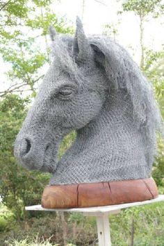 chicken wire horse & art