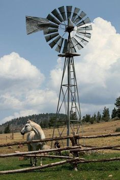 A Place in the Country Country Farm, Country Life, Country Living, Farm Windmill, Old Windmills, Pretty Sky, Country Scenes, Water Tower, Old Farm