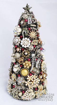 DIY Vintage Jewelry Christmas Tree