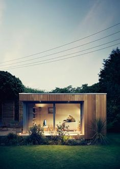 "Contemporary Garden Office approximately with underfloor heating and built in desk and shelving. Studio 2 - I'm fascinated by these ""pod"" garden/office structures Outdoor Office, Backyard Office, Backyard Studio, Garden Studio, Garden Office, Studio France, Contemporary Garden Rooms, Garden Pods, Garden Cabins"