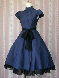 Victorian Maiden Henrietta Dress