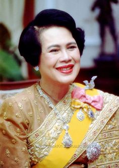 LONG LIVE HER MAJESTY THE QUEEN OF THAILAND.