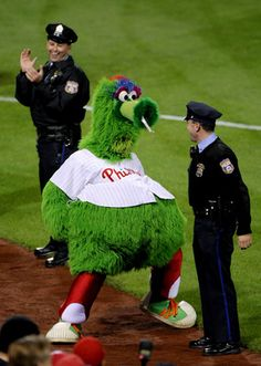Best mascot EVER - Phillies Phanatic!