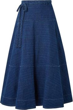Elizabeth and James - Leila Slub Denim Maxi Skirt - Indigo - Outfits Women Skirt Outfits Modest, Denim Skirt Outfits, Denim Outfit, Dress Skirt, Fashion Mode, Mode Hijab, Ladies Dress Design, Indigo, Fashion Dresses