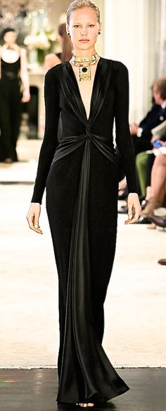 Ladies on a tight budget who are looking to break into this niche need gowns like this Ralph Lauren number. One gown for 2 looks. Worn as shown will gain the interest of the cleavage admirers or reverse the gown and hi-light your rear assets. Think of the male interest that Pippa Middleton gained in her bridesmaid gown.