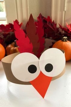 Easy Thanksgiving Crafts Ideas for Your Kids That Are Fun and Creative