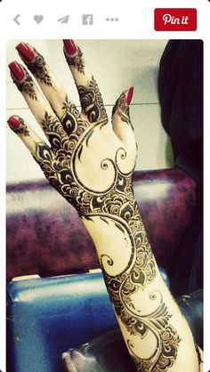 Henna Mehndi The henna artists at the Texas Renaissance Festival can give you… Henna Art Designs, Arabic Mehndi Designs, Beautiful Henna Designs, Beautiful Mehndi, Arabic Henna, Simple Mehndi Designs, Mehandi Designs, Henna Tatoos, Mehndi Tattoo