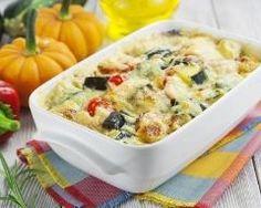 Gratin d'aubergines, courgettes et poivrons au comté http://www.cuisineaz.com/recettes/gratin-d-aubergines-courgettes-et-poivrons-au-comte-82035.aspx