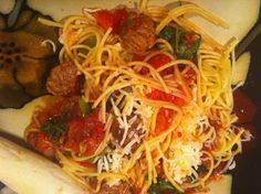 spaghetti  w red wine, various cheeses.. etc etc etc OMG!!