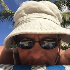 Bald guy  Cancun  sun = boonie hat. Sunblock sometimes jus' ain't enough. #nurselife