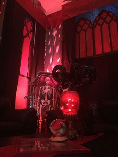 Magalie Sarnataro's prop Halloween 2017. Gothic Vampire  Formal Dining Room