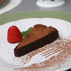 THERMOMIX: Bolo rico de chocolate (versões com e sem glúten)