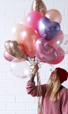 """Balloon Fantasy´s Valentin´s Day - The perfect bouquet of balloons for your favourite person! Stell dir deine perfekte Komposition aus Konfettiballons und Folienballon Herzen einfach selbst zusammen und wähle """"mit Heliumfüllung"""" damit sie auch schweben. Oder bestelle dir eine 3 Liter Heliumkartusche gleich mit dazu, so kannst du die Ballons ganz einfach auffüllen und wiederbefüllen. Get inspired & shop online https://balloon-fantasy.de/anlass/valentinstag/ #balloons #heartballoons #valentine"""