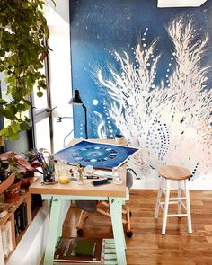 sunny happy studio afternoons so excited to have my new art studio running and full of plants and light for inspiration! Happy Studio, My Art Studio, Studio Ideas, Studio Studio, Garage Studio, Studio Design, Watercolor Video, Dream Art, Studio Lighting