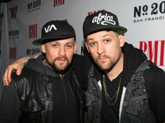 """Recording artists Benjamin (Benji) Madden (L) and Joel Madden of Good Charlotte attend BMI's """"How I Wrote That Song"""" at Key Club on February 2012 in West Hollywood, California. Celebrity Twins, Celebrity Gossip, Celebrity Crush, Celebrity Photos, Celebrity News, Famous Twins, Joel Madden, Josh Lucas, Good Charlotte"""