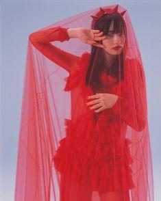 Red Velvet by Nobuyoshi Araki – autumn/winter 2017 Japanese Models, Japanese Girl, Fashion Shoot, Editorial Fashion, Nana Komatsu Fashion, Pose, Shades Of Red, Photos Du, Hottest Models