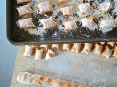 How to Make Potato Gnocchi, With Variations Potato Gnocchi Recipe, Sweet Potato Gnocchi, Gnocchi Recipes, Pasta Recipes, Entree Recipes, Vegetarian Recipes, Dinner Recipes, Potato Recipes, Vegetable Recipes
