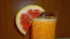 #Smoothie de #portocale, #grepfruit roșu și #morcovi Vegetable Smoothies, Delicious Fruit, Grapefruit, Cantaloupe, Peach, Diet, Vegetables, Shake, Grey Hair
