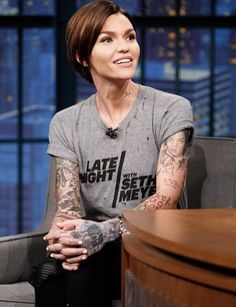 Ruby Rose Seth Meyers, Ruby Rose Tattoo, John Wick Tattoo, Beautiful Roses, Short Hair Styles, Hair Cuts, Tomboy, Beauty, Thinspiration