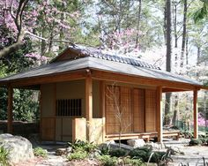 Awesome Traditional Japanese Style House Plans Exterior Wooden House With Elegant Design Exterior Japanese Style Decoration Ideas Japanese Tiny House, Japanese Home Design, Japanese Bath, Style At Home, Garden Shed Kits, Asian House, Asian Design, Zen Design, Studio Design