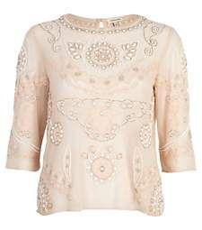 Light pink embellished 3/4 sleeve top €25.00