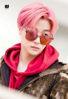 K Pop, Bobby, Ikon Kpop, Ikon Debut, Kim Hanbin, Kim Jin, Airport Style, Pictures To Draw, Yg Entertainment