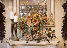 Unique Fall Home Decor Ideas – Luxury Decor Linly Designs Home Decor Floral Arrangements, Christmas Flower Arrangements, Flower Arrangements Simple, Fall Arrangements, Autumn Decorating, Tuscan Decorating, Fall Home Decor, Autumn Home, Illinois