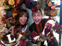 Melinda Mayo and Jeremy Rabe on Good Morning Arkansas.  Picture Frame Fall Wreath.